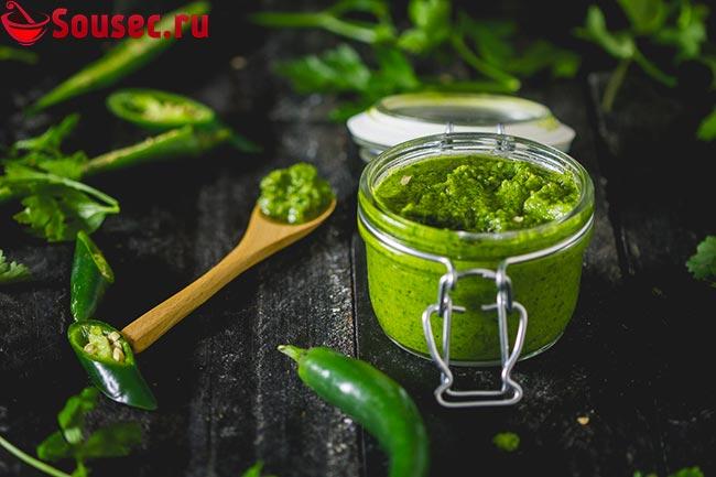 Зеленый соус схуг