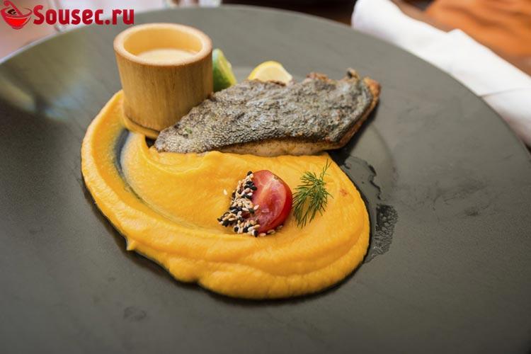 Рыба с тыквенным супом пюре