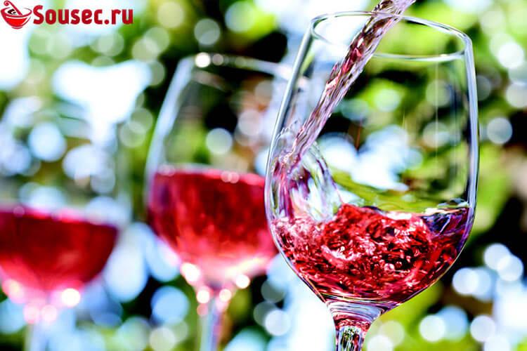 Розовое вино для соуса