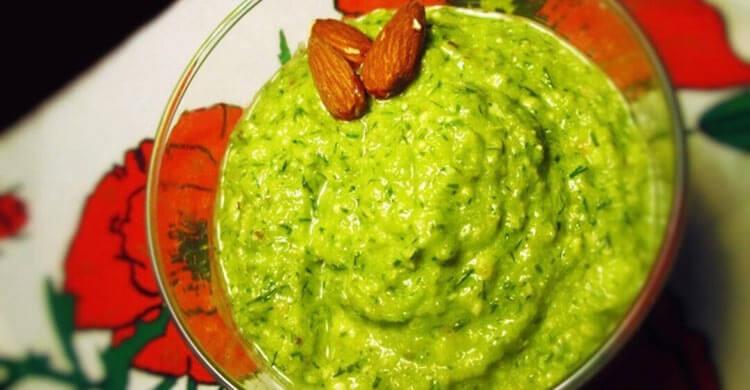 Соус из зеленого кабачка