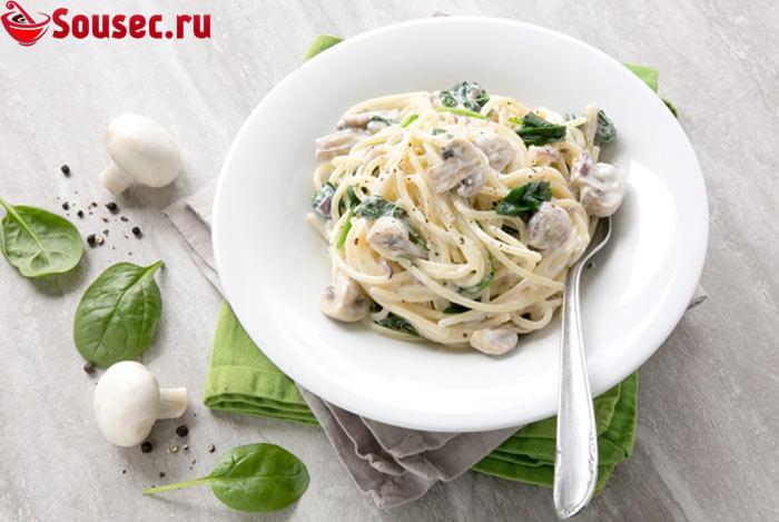 Грибная подлива со спагетти