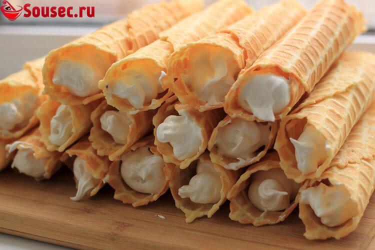 Вафельные трубочки с творожным кремом