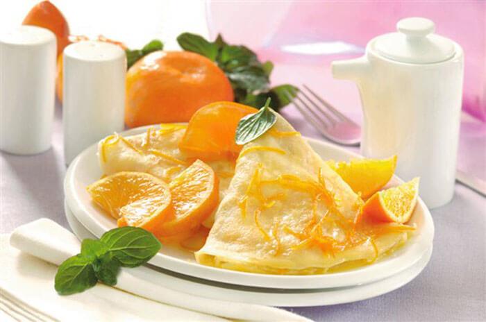Блинчики в имбирно-мандариновом соусе